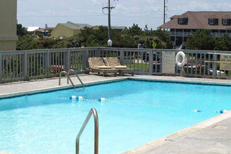 Nags Head OBX Hotel with Outdoor Pool